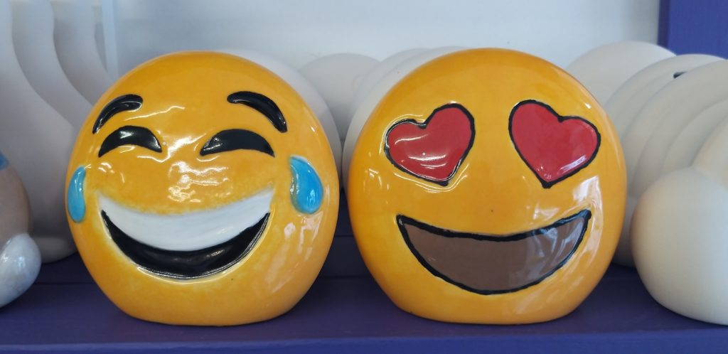emoji_pottery_finished
