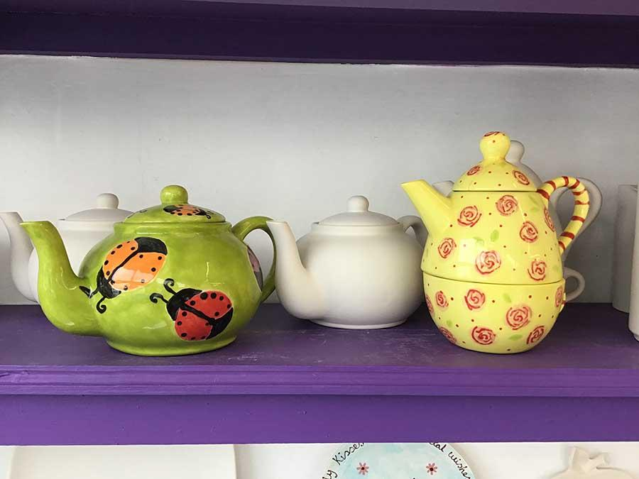 painted tea pots